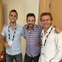 Juin 2013 : Hugo et Daniel aux côtés de Rand Fishkin de Moz, lors du SMX Paris
