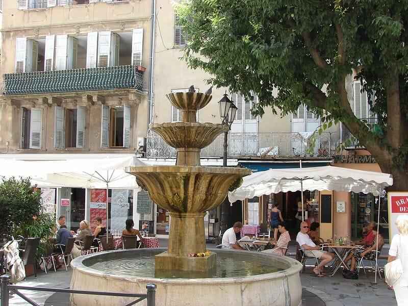 fontaine grasse